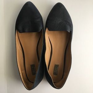 Saks 5th Ave Navy Leather Flats
